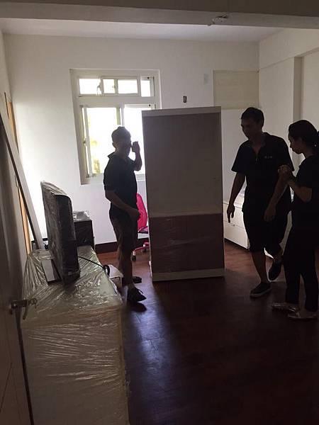新北中和搬家公司推薦合法搬家公司首選閣上0800888055台北搬家價格比較