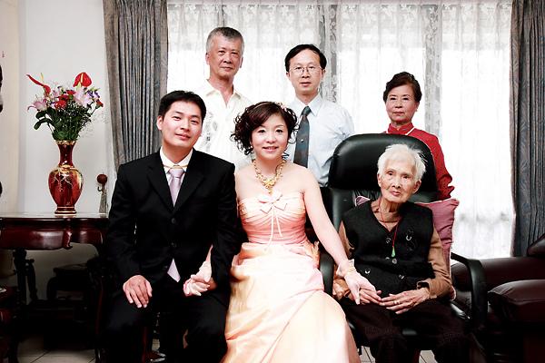 小惡魔老師的婚禮記錄-哲良-舒琪文定76174860
