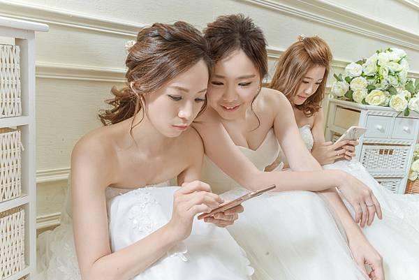 閨蜜婚紗手機