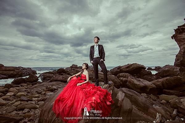 海邊婚紗岩岸