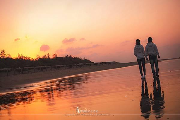 沙灘婚紗夕陽