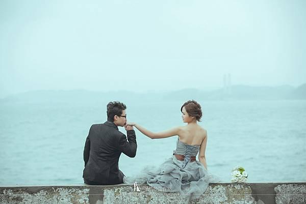 海岸婚紗照pose