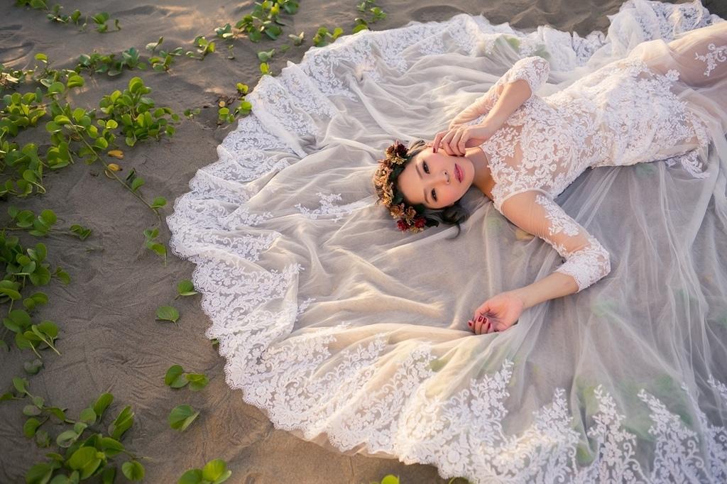 個人寫真攝影師,個人婚紗藝術照,個人婚紗台北,個人婚紗照,台北藝術照價格,伊頓婚紗個人寫真價格
