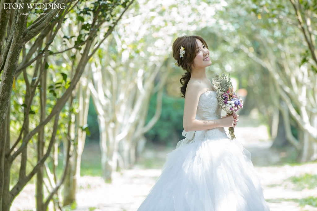 拍婚紗照,新娘造型,婚紗照造型,新娘婚紗照,婚紗照 造型,婚紗照 推薦,婚紗照攝影,婚紗照風格,新娘髮型,拍婚紗 造型