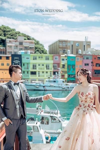 海邊婚紗造型,海邊婚紗道具,海邊婚紗照姿勢,海邊拍婚紗,北部 海邊婚紗照景點,中部海邊婚紗,婚紗照,拍婚紗,婚紗攝影,海景婚紗 (21).jpg