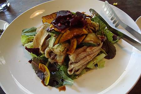 杏鮑菇雞肉沙拉