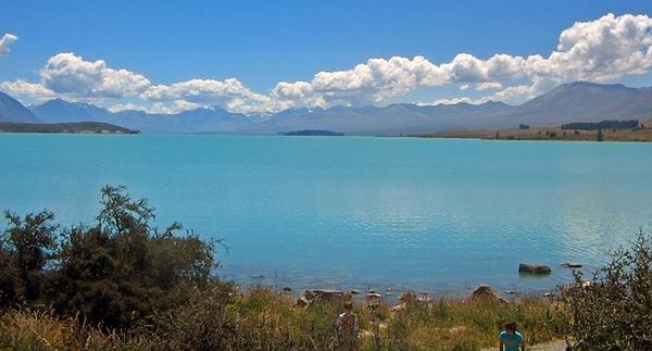 800px-Lake_Tekapo_and_Mount_Cook
