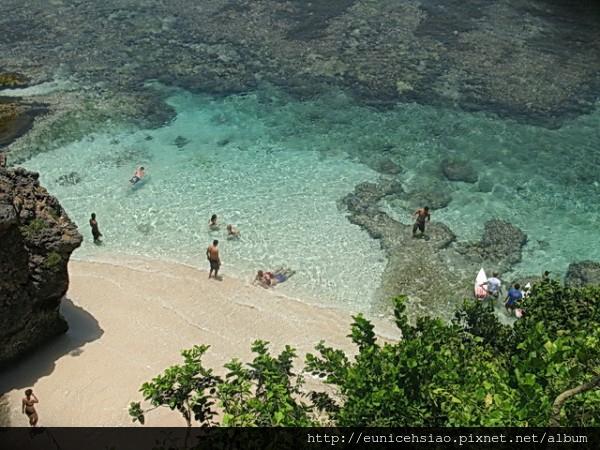 Ariel-view-of-Suluban-Beach-e1357533571901.jpg