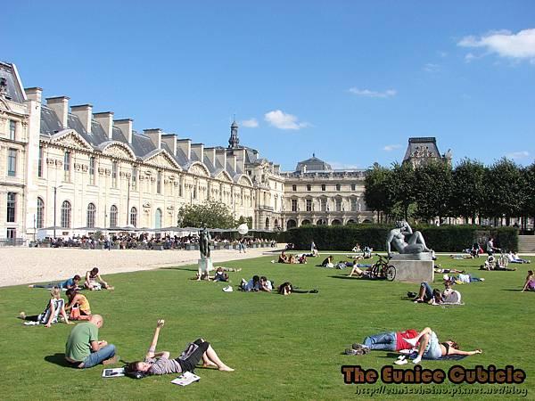 Jardin-Des-Tuileries