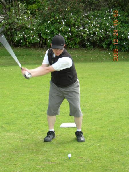 Leon Golfing 1.JPG