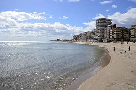 beach-2496412_1280.jpg