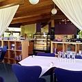 1206 Ashcombe Maze-Restaurant 1.jpg