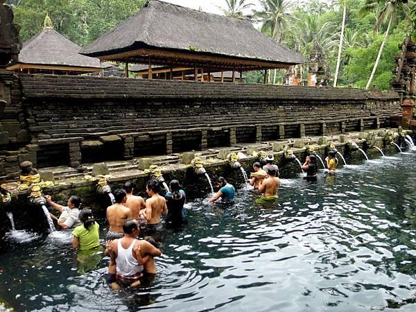 Bali- 聖泉寺