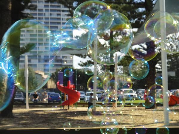 泡泡看世界