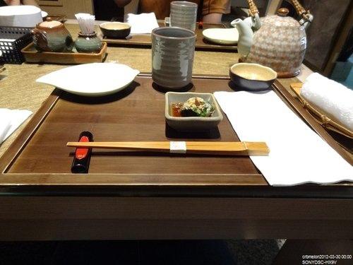 日本料理擺筷子