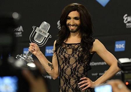 奧地利歌手伍斯特贏得2014歐洲歌唱大賽冠軍 (圖AFP) (2)