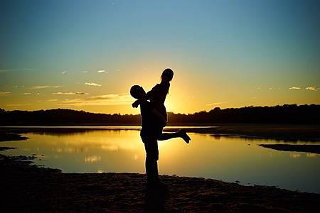 couple-1537158_1280.jpg