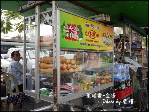 07-009-金邊俄羅斯市場-法國麵包.jpg