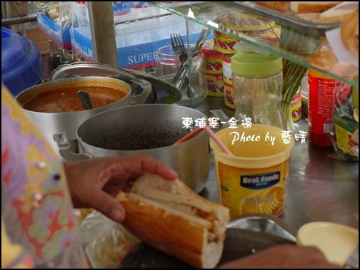 07-011-金邊俄羅斯市場-法國麵包.jpg