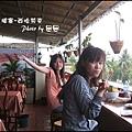 01-001-西哈努克白沙酒店早餐-eva和ann.jpg