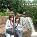04-021-西哈努克瀑布-eva和ann by ann.jpg
