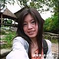 04-051-西哈努克瀑布-自拍eva.jpg