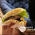 06-025-西哈努克-airport-超級漢堡.jpg