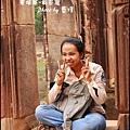 03-039-吳哥窟-女皇宮-導遊Mary.jpg