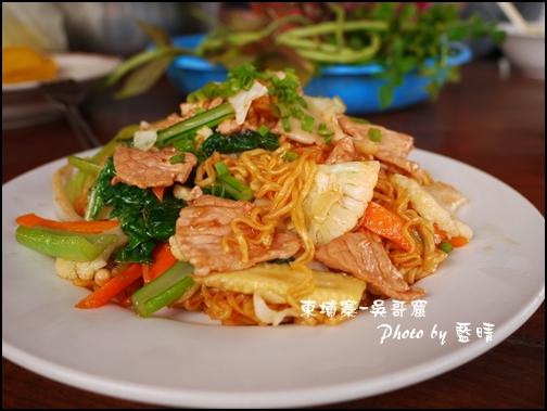 05-007-吳哥窟-早午餐豬肉炒泡麵.jpg