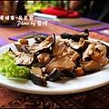 07-005-吳哥窟-餐廳-香菇.jpg
