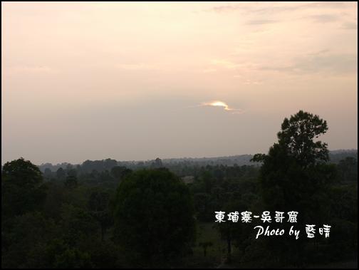 09-047-吳哥窟-變身塔看日落.jpg
