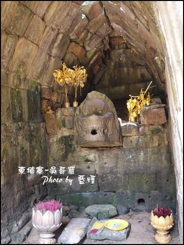04-009-吳哥窟-龍蟠宮-石造獅子頭.jpg