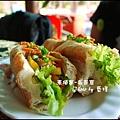 05-001-吳哥窟-午餐蔬菜法國麵包.jpg