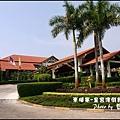 01-001-柬埔寨皇宮渡假飯店正門.jpg
