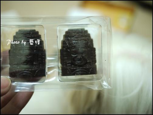 07-006-吳哥窟-微笑高棉巧克力.jpg