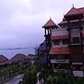 039-24普爾曼湖畔飯店-雨天清晨