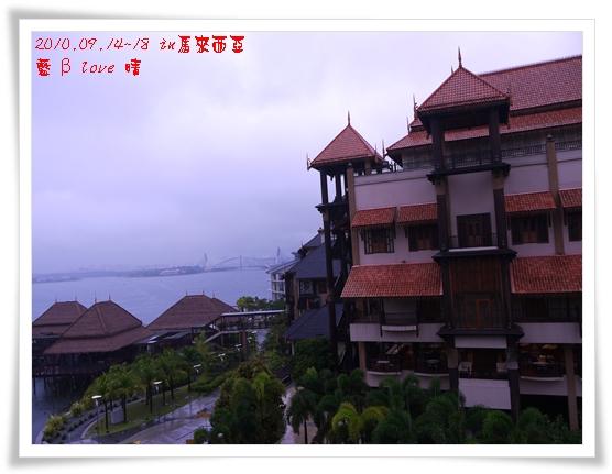039-12普爾曼湖畔飯店-雨天清晨