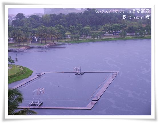039-18普爾曼湖畔飯店-雨天清晨