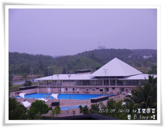 039-17普爾曼湖畔飯店-雨天清晨
