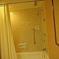 011-9美華大酒店房間浴室