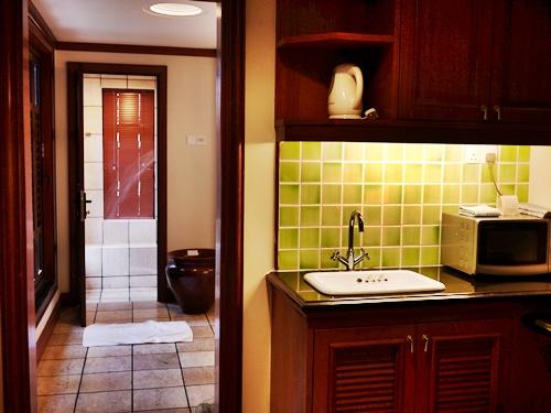 022-35禮晶海上VILLA-水上屋廚房和浴室