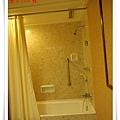 009-2美華大酒店房間浴室