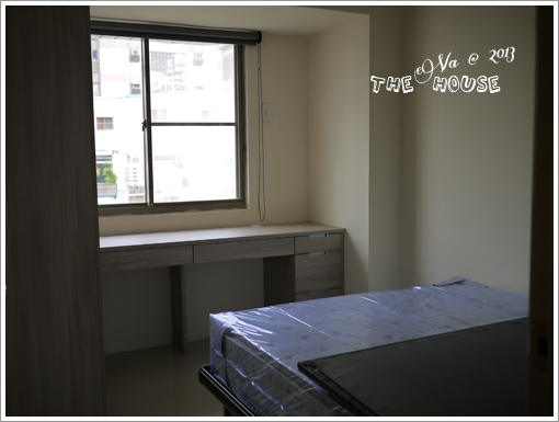 Furniture-23