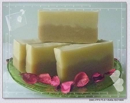 1010602酪梨卸妝潔顏皂-2-1