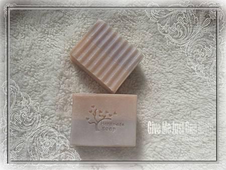 NO41:紫草分層皂3