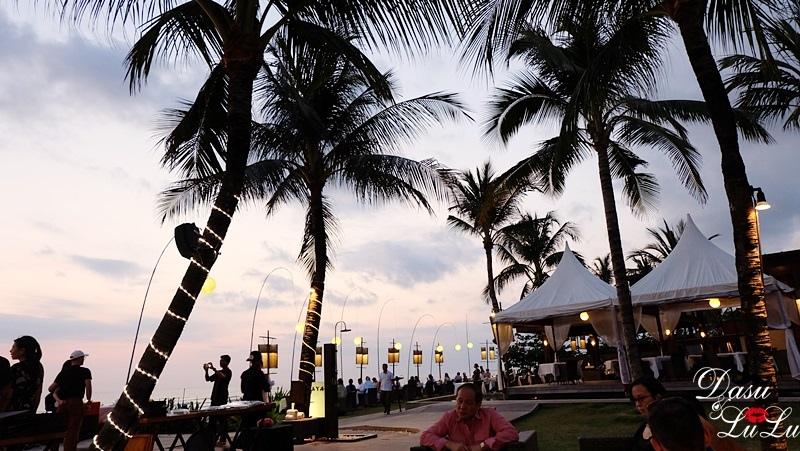 峇里島水明漾Seminyak逛街海邊咖啡海景咖啡
