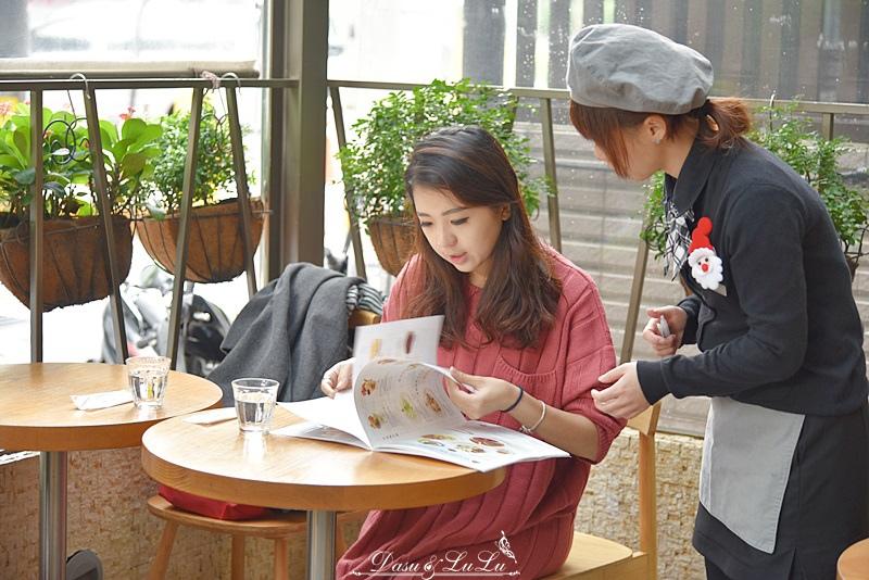 中山站餐廳左曼咖啡鬆餅輕食姊妹聚餐聊天餐廳推薦美食