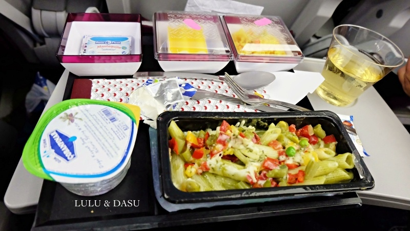 卡達航空搭乘評價杜哈市區旅遊卡達杜哈機場轉機