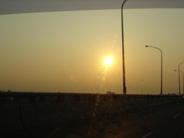 朝陽、朝陽~~~