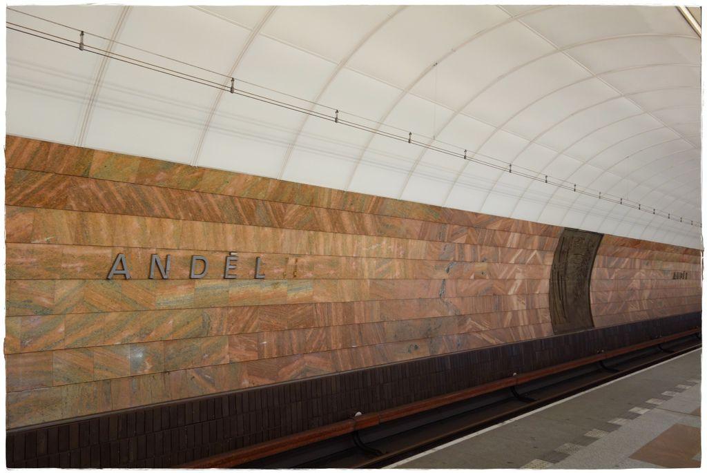 地鐵-19